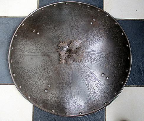 Italianate etched parade shield poss 17th century